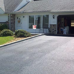 residential sealcoating driveway
