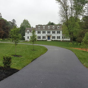 picture of residential driveway